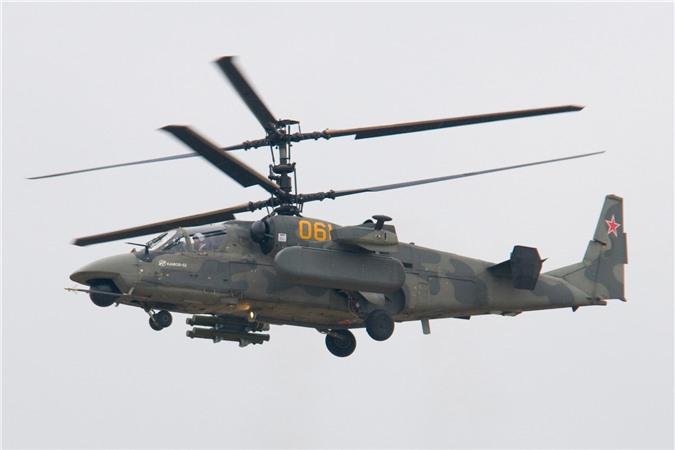 Truc thang Ka-52 Alligator Nga duoi danh may bay My tren bau troi Syria?-Hinh-10