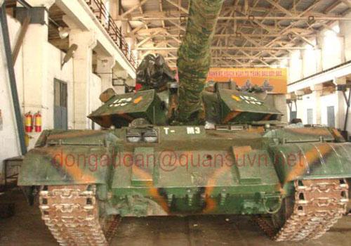 Trong quá khứ, xe tăng T-54 của Việt Nam từng được nâng cấp theo hướng tăng về hỏa lực với việc trang bị khẩu pháo cỡ nòng 105mm. Nguồn ảnh: Quansuvn.