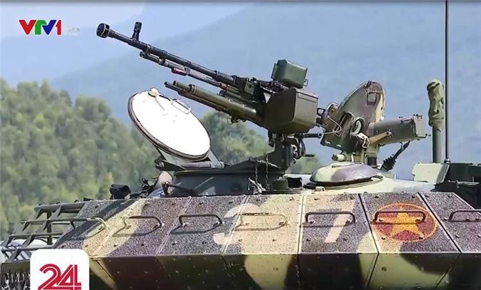 Anh hiem: Sieu tang T-54 Viet Nam dung co nong 105mm dat do trong qua khu-Hinh-10