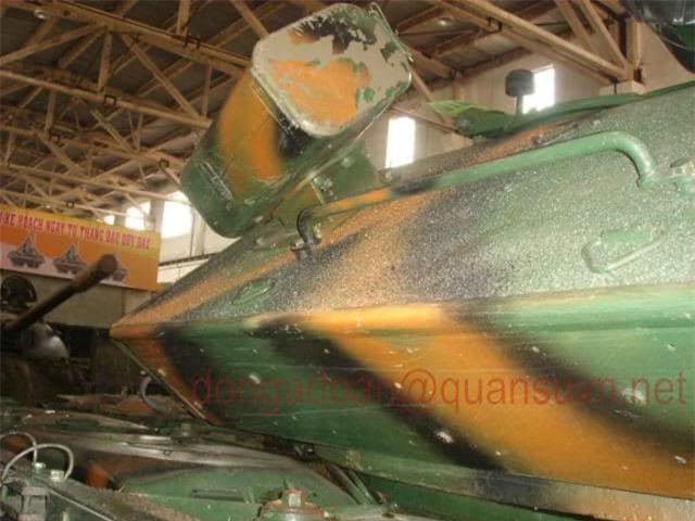 Anh hiem: Sieu tang T-54 Viet Nam dung co nong 105mm dat do trong qua khu-Hinh-4