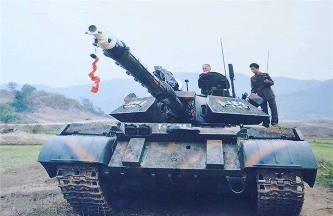 Anh hiem: Sieu tang T-54 Viet Nam dung co nong 105mm dat do trong qua khu-Hinh-5