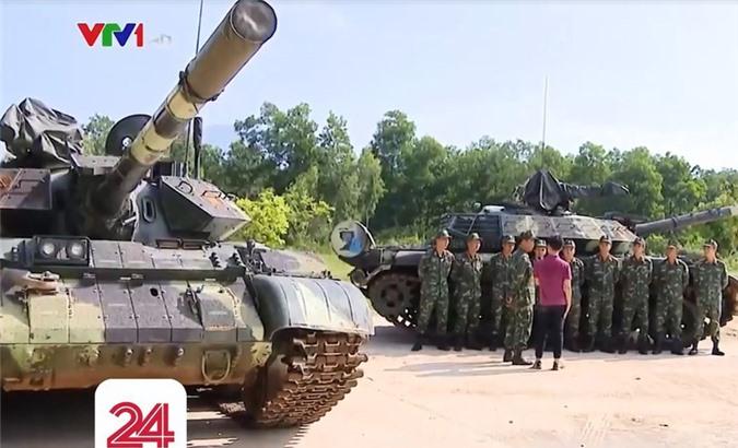Anh hiem: Sieu tang T-54 Viet Nam dung co nong 105mm dat do trong qua khu-Hinh-9