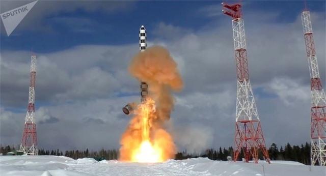 Nga sẵn sàng cho Mỹ mục sở thị siêu tên lửa quỷ satan - 1