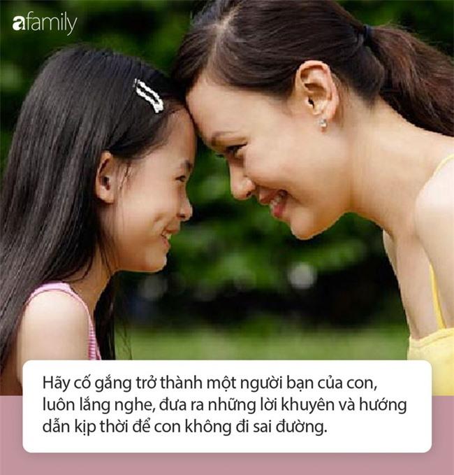 Thấy con gái 12 tuổi đột nhiên thích ăn mặc kiểu người lớn, người mẹ đau lòng khi biết sự thật này - Ảnh 4.