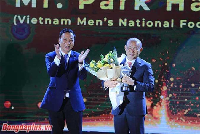 Park Hang Seo nhận giải HLV xuất sắc nhất Đông Nam Á