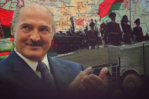 Tổng thống Belarus Lukashenko không loại trừ có hành động quân sự cứng rắn chống lại Nga. Ảnh: Avia.pro.