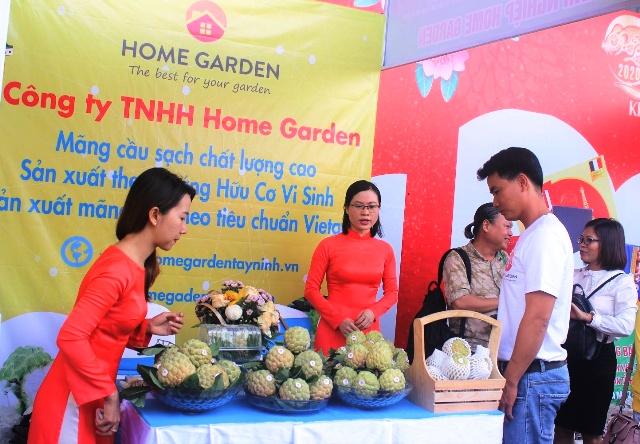 4 Mẵng cầu sạch Tây Ninh được giới thiệu tại sự kiện