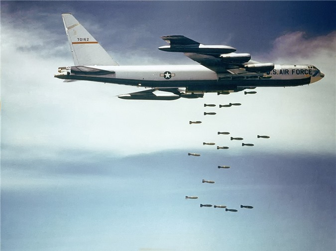 47 nam tran Dien Bien Phu tren khong: Khoang bom khong lo cua B-52 co thay doi gi?-Hinh-10