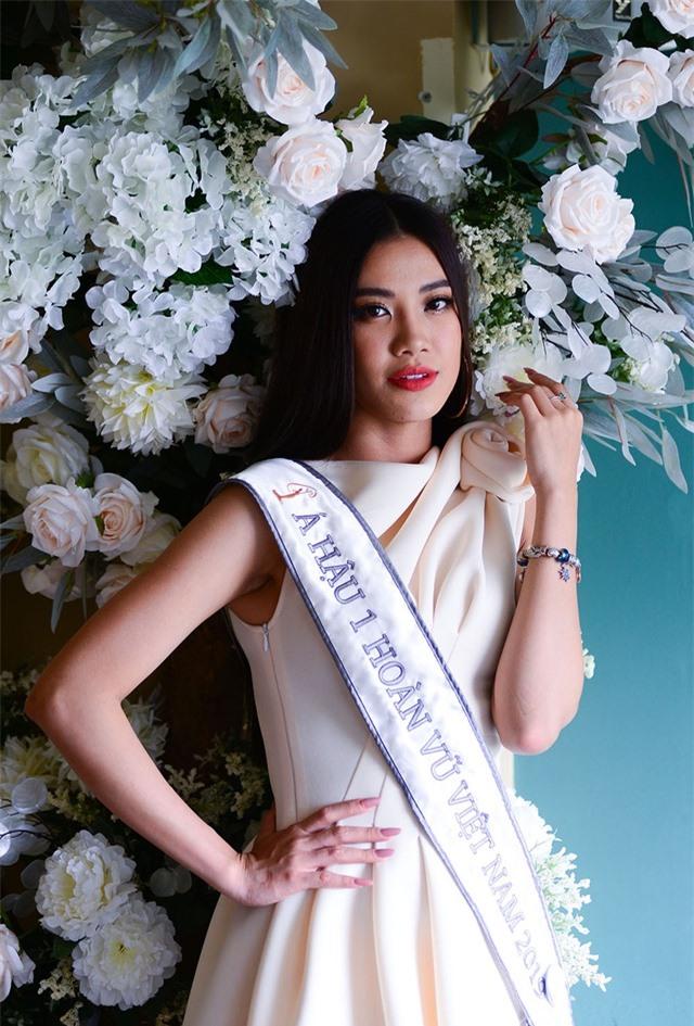 Hoa hậu Khánh Vân và Á hậu Kim Duyên nói gì về áp lực hậu đăng quang - 3