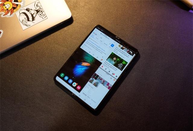 2 tuần trải nghiệm Samsung Galaxy Fold: Thú vị nhưng giá cao - 10