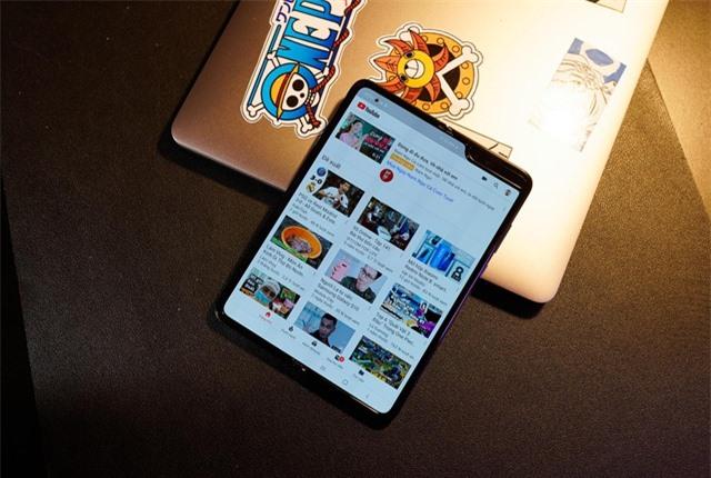 2 tuần trải nghiệm Samsung Galaxy Fold: Thú vị nhưng giá cao - 3