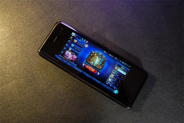 2 tuần trải nghiệm Samsung Galaxy Fold: Thú vị nhưng giá cao - 9