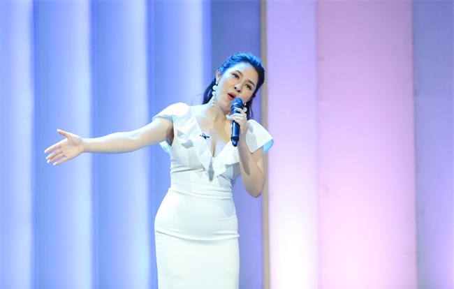"""2 tháng sau sinh, Bảo Trâm Idol tái xuất xinh ngỡ ngàng tại """"Những phụ nữ có gu"""" - Ảnh 4."""