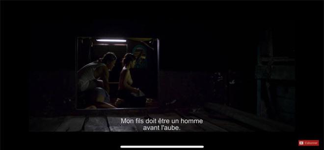 Trong phim, Thanh Trúc thực hiện 1 cảnh nóng táo bạo với diễn viên Hà Phong. Thậm chỉ, gần như cả bầu ngực của cô lộ ra dưới ống kính. Được biết thời điểm đóng bộ phim này, Thanh Trúc chưa tròn 18 tuổi.