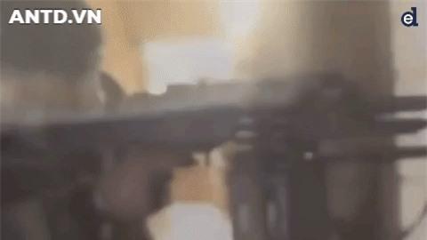 Quan doi Syria manh tay khi dua loat sung may PK cua Nga vao chien truong Idlib-Hinh-18