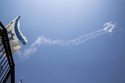 Israel bị cáo buộc dùng hệ thống tác chiến điện tử gây nhiễu máy bay dân sự. Ảnh: Flightradar24.