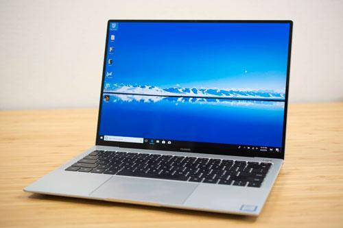 3. Huawei MateBook X Pro 2018 (giá khởi điểm: 1.200