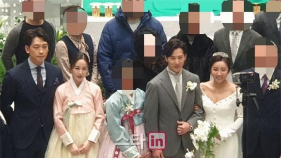 Knet rầm rộ khen Kim Tae Hee - Bi Rain đẹp lấn át cả em trai và cô dâu nhưng lại không quên khẩu nghiệp - Ảnh 5.