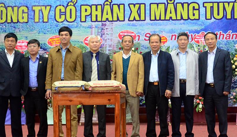 Ra mắt sản phẩm xi măng Yên Sơn