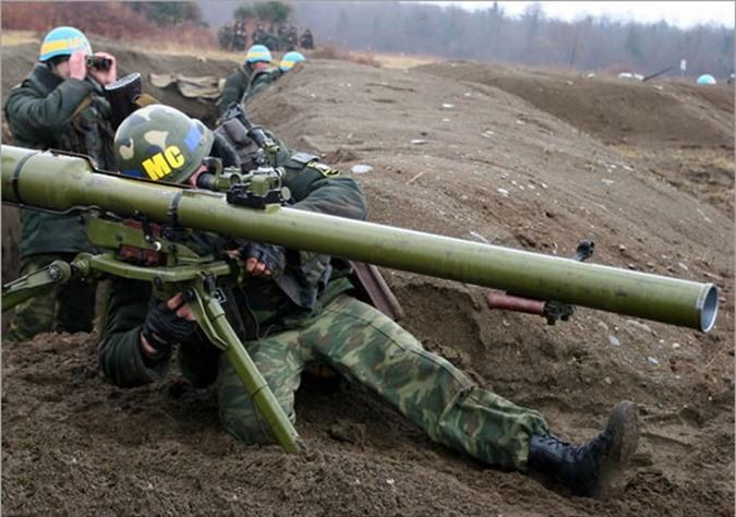 Kinh ngac binh si Syria lieu minh vac ca phao SGP-9 len vai khai hoa-Hinh-25