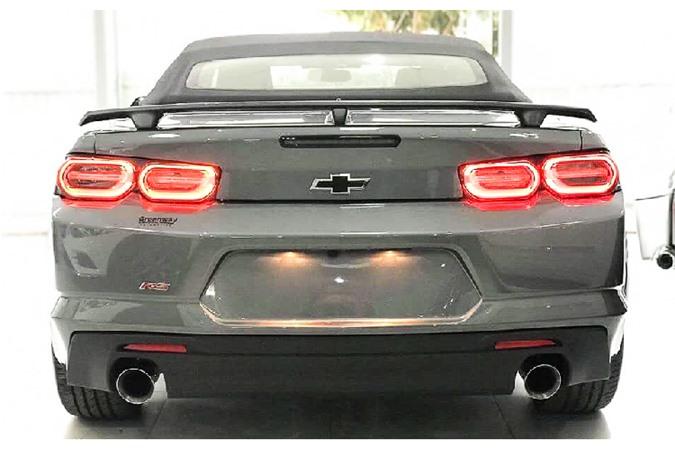 Chevrolet Camaro 2019 mui tran gan 3 ty dong o Ha Noi-Hinh-4