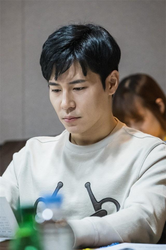 Kim Tae Hee tham gia buổi đọc kịch bản đầu tiên của Hi Bye, Mama - Ảnh 2.