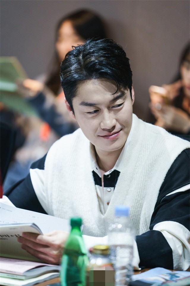 Kim Tae Hee tham gia buổi đọc kịch bản đầu tiên của Hi Bye, Mama - Ảnh 4.