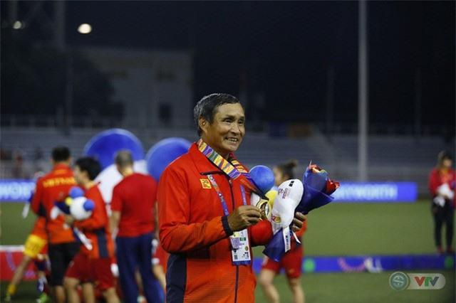 Nguyễn Thị Oanh vượt qua Ánh Viên, Huy Hoàng để giành danh hiệu VĐV tiêu biểu năm 2019 - Ảnh 2.