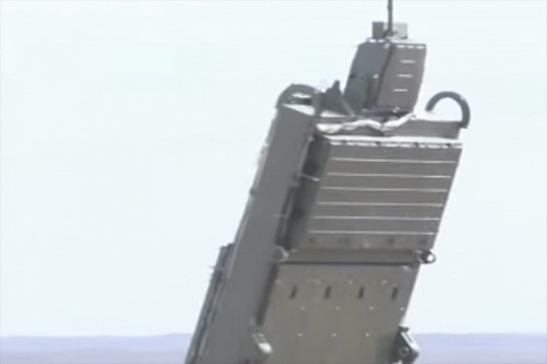 Radar của S-500 Prometheus đã hiện diện tại căn cứ không quân Hmeimim trên đất Syria. Ảnh: Avia.pro.