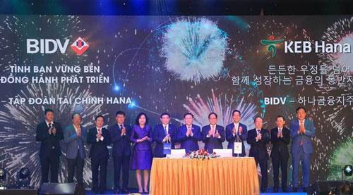 BIDV nhận dòng vốn gần tỷ USD từ Hàn Quốc.
