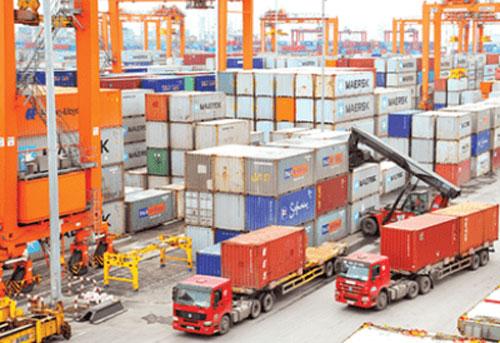 năm 2019, tổng kim ngạch xuất nhập khẩu vượt mốc 500 tỷ USD. Ảnh: TL