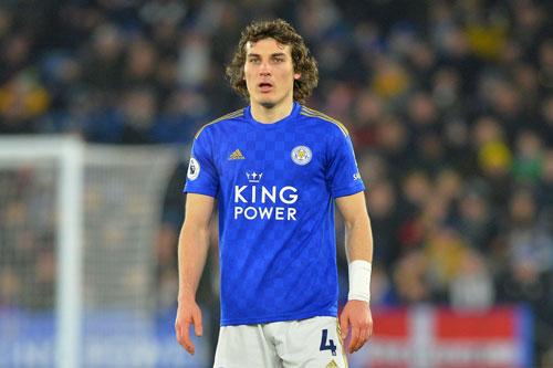Trung vệ: Caglar Soyuncu (Leicester City).