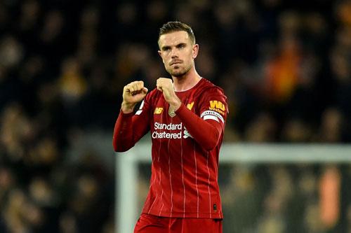 Tiền vệ: Jordan Henderson (Liverpool).