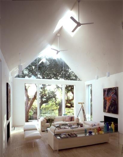 Mẫu nhà mái tam giác 2 tầng đẹp long lanh với chi phí thấp - ảnh 5