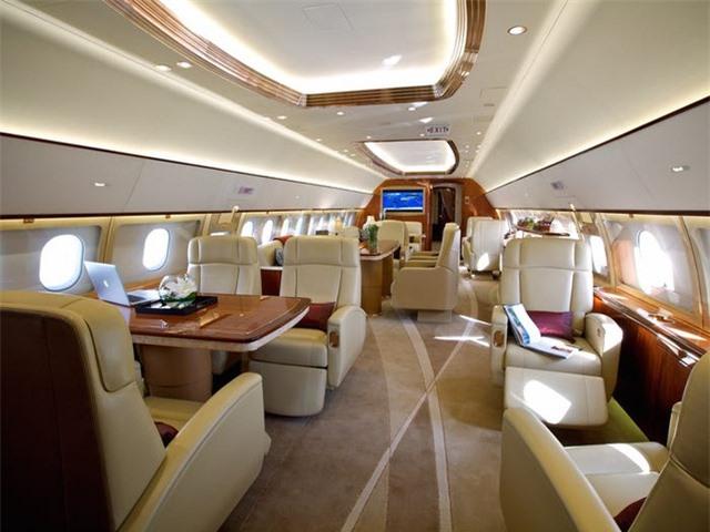 Nội thất sang chảnh bên trong các máy bay tư nhân đắt đỏ nhất thế giới - 15