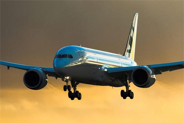 Nội thất sang chảnh bên trong các máy bay tư nhân đắt đỏ nhất thế giới - 16