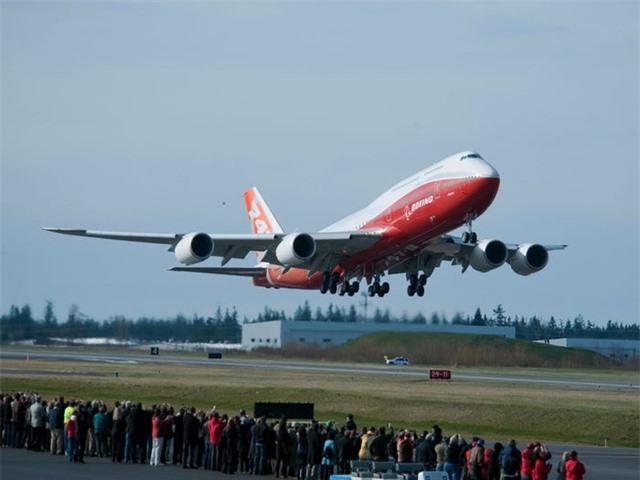 Nội thất sang chảnh bên trong các máy bay tư nhân đắt đỏ nhất thế giới - 18
