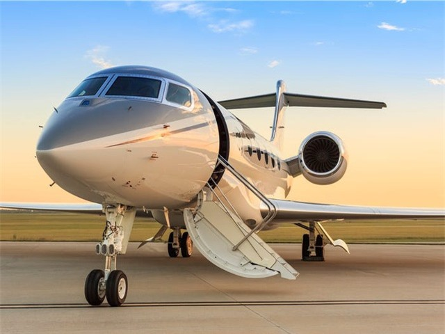 Nội thất sang chảnh bên trong các máy bay tư nhân đắt đỏ nhất thế giới - 3