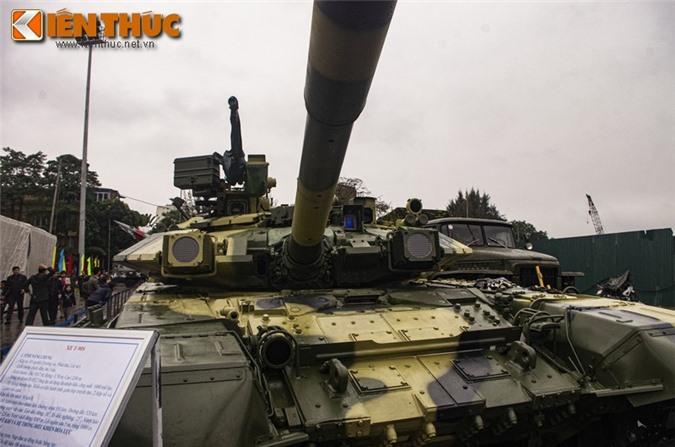 Uu, nhuoc diem cua he thong nap dan tu dong tren xe tang T-90 Viet Nam-Hinh-2