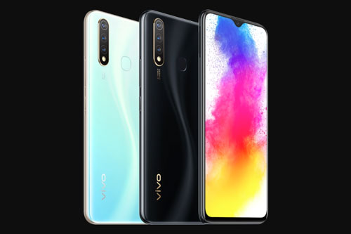 Vivo Z5i có 2 màu Glazed Black, Jade Blue. Giá bán của máy tại Trung Quốc là 1.798 Nhân dân tệ (tương đương 5,96 triệu đồng).