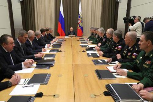 Tổng thống Nga V. Putin chủ trì cuộc họp ngày 2/12 tại Sochi