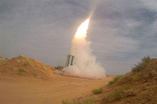 Hệ thống tên lửa phòng không tầm xa S-300 của Syria vẫn chưa tham chiến
