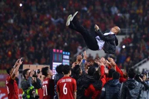 HLV Park Hang-seo đang là người hùng thật sự của bóng đá Việt Nam.