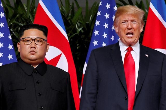 Ông Trump tin ông Kim Jong-un giữ lời hứa bất chấp cảnh báo cứng rắn - 1