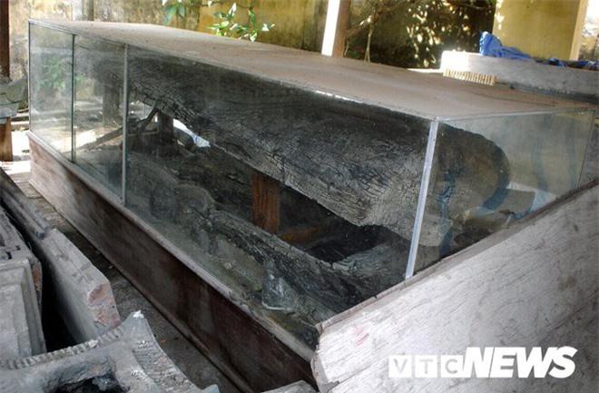 Sửng sốt với nghĩa địa mộ thân cây gỗ lim nguyên vẹn từ 3.000 năm trước ở Hưng Yên - Ảnh 2.