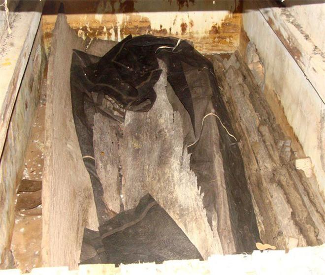 Sửng sốt với nghĩa địa mộ thân cây gỗ lim nguyên vẹn từ 3.000 năm trước ở Hưng Yên - Ảnh 6.