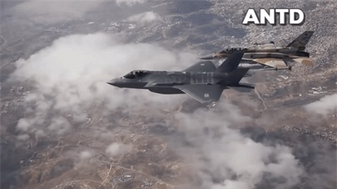 Israel vua tan cong vao san bay Nga tai Syria bang vu khi dac biet gi?-Hinh-5