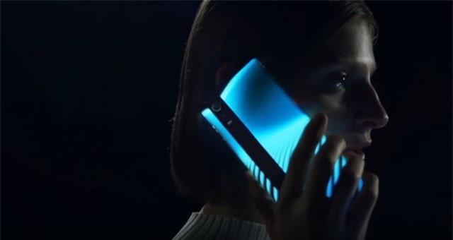 Xiaomi hoãn ra mắt vô thời hạn smartphone siêu tưởng Mi Mix Alpha - Ảnh 2.
