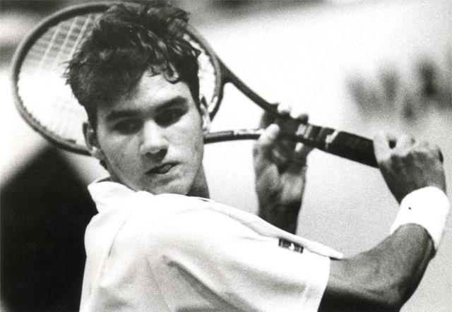 Roger Federer lập kỷ lục 19 năm trong Top 30 thế giới - Ảnh 1.