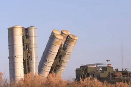 Iraq có thể sớm đặt mua hệ thống tên lửa phòng không S-400 Triumf của Nga. Ảnh: RIA Novosti.